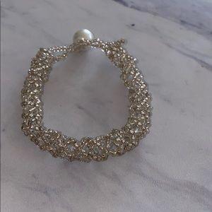 Clear & Pearl Beaded Bracelet 🌸